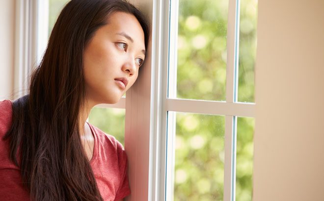 Woman Thinking of Separating Joins Online Dating Site   Divorced     Divorced Girl Smiling